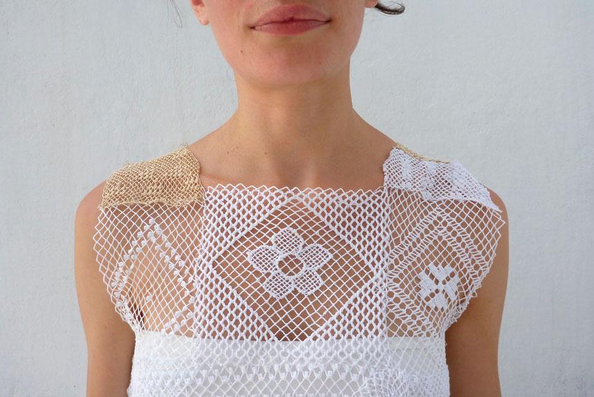 Torso de mujer con vestido